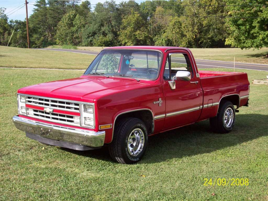 1986 Chevrolet Silverado 1500 Regular Cab I Had A Beat Up Version Of One Of These