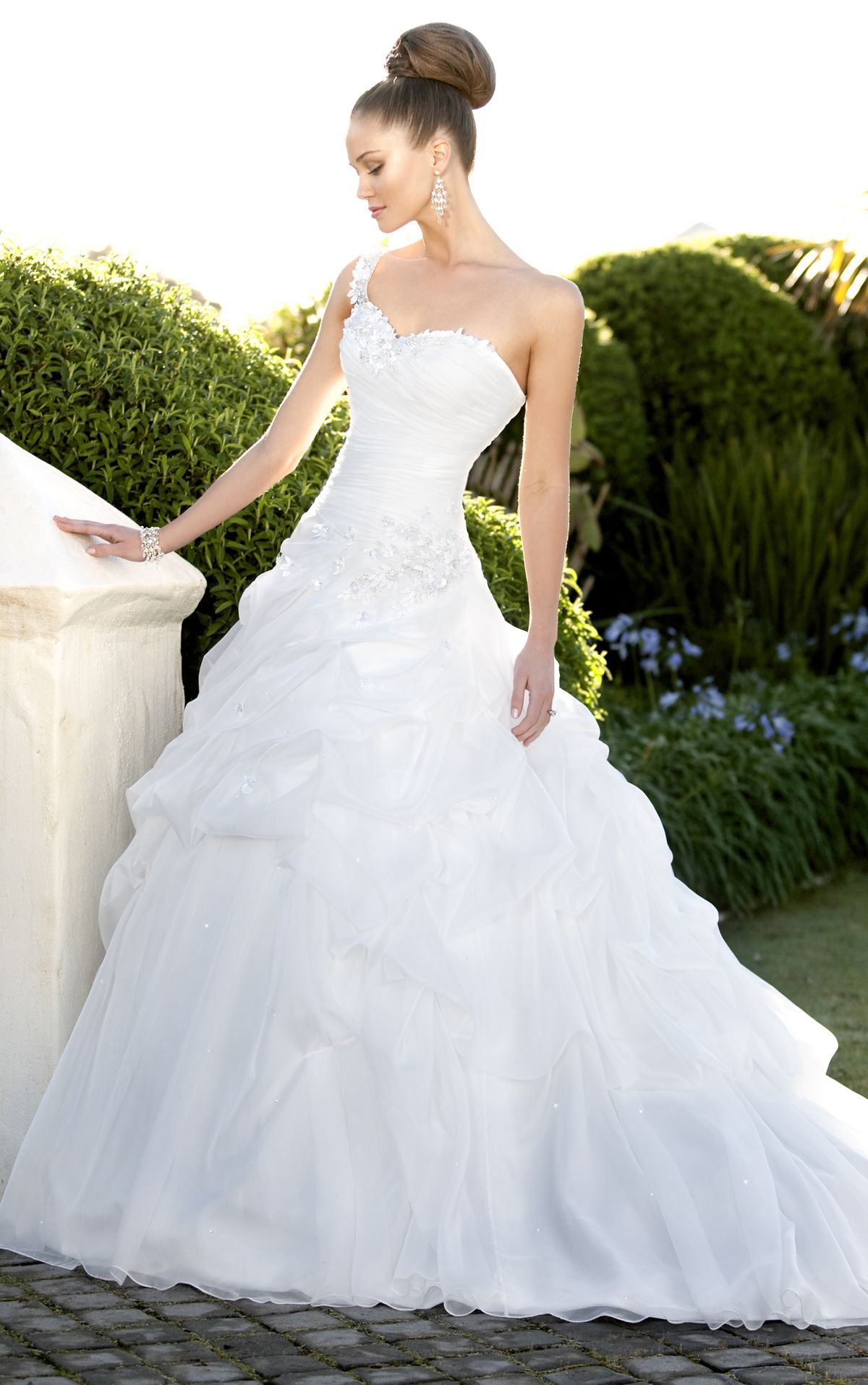 Plus size wedding dresses with red accents  Why I pinned it I love the sweetheart top accented with a Swarovski