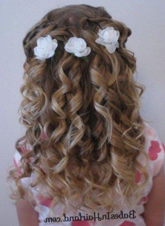 Peinados De Bautizo Para Nina Trendypeinados Trendy2019 Hair Styles Flower Girl Hairstyles Girls Hairdos
