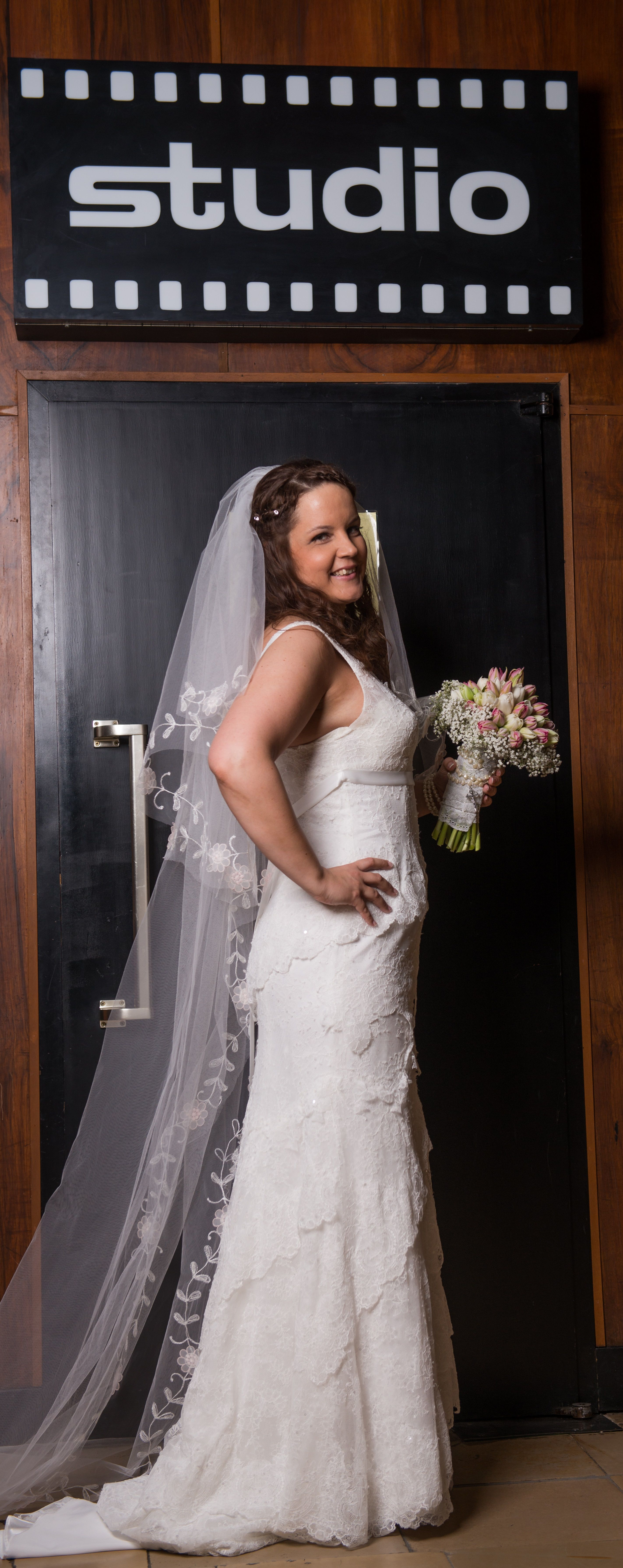 ♥ Vintage Brautkleid aus Spitze mit Schleppe, Größe 40 ♥ Ansehen ...