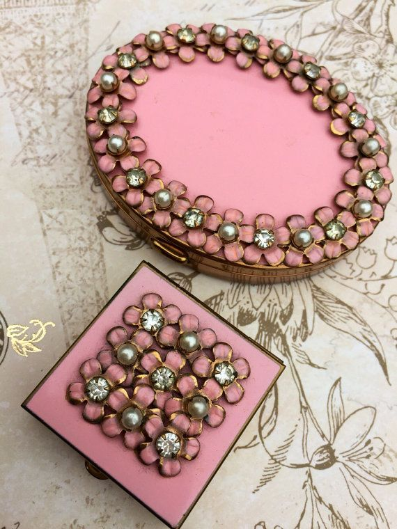 Vintage Powder Compact Pink Enamel K and K by theglassfeathernest