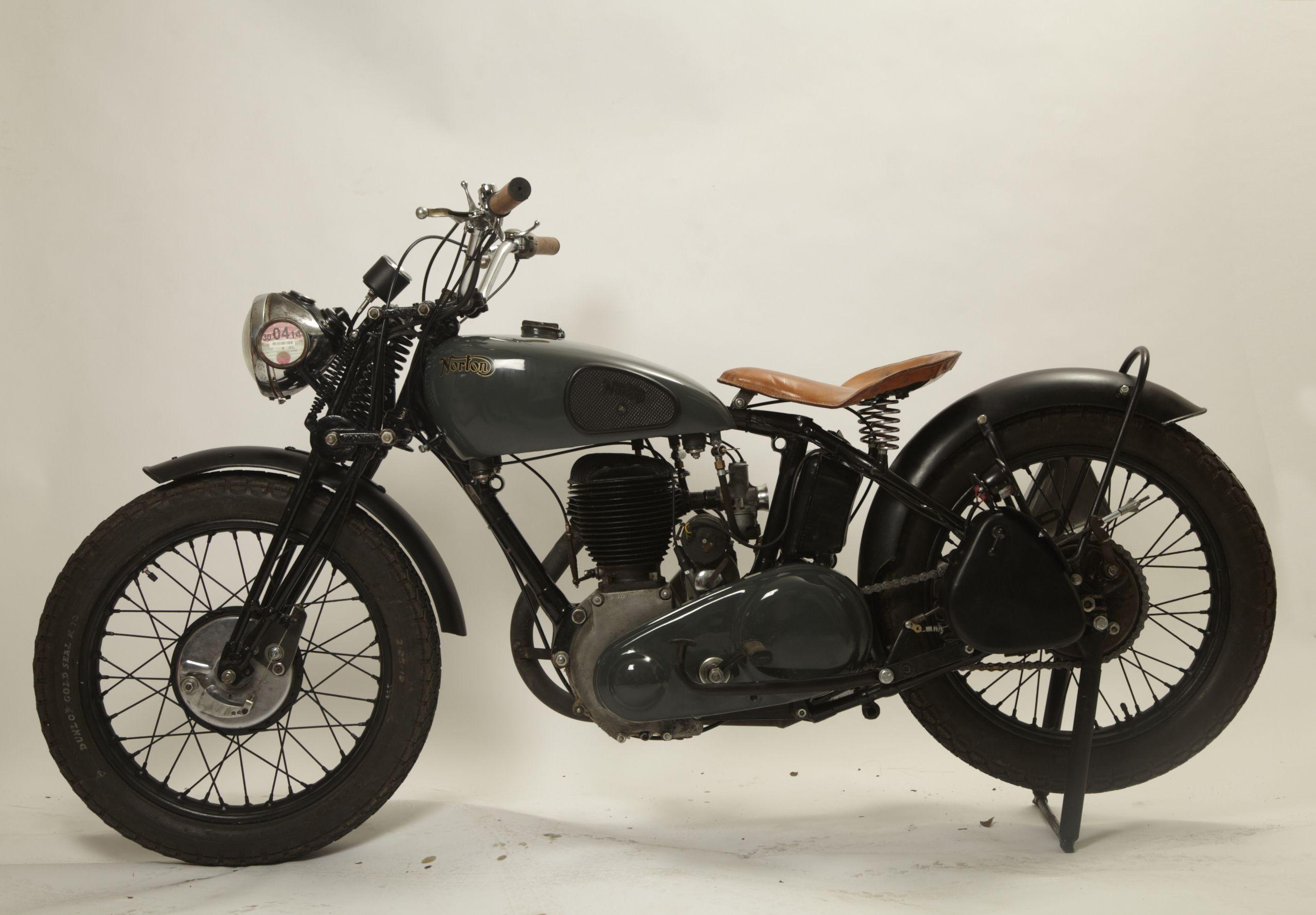 Bill Amberg Studio Restored Norton Awesomeness On Wheels