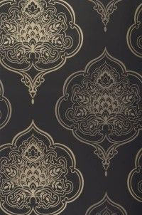 zoom maharani // wallpaper dining room accent wall | pattern