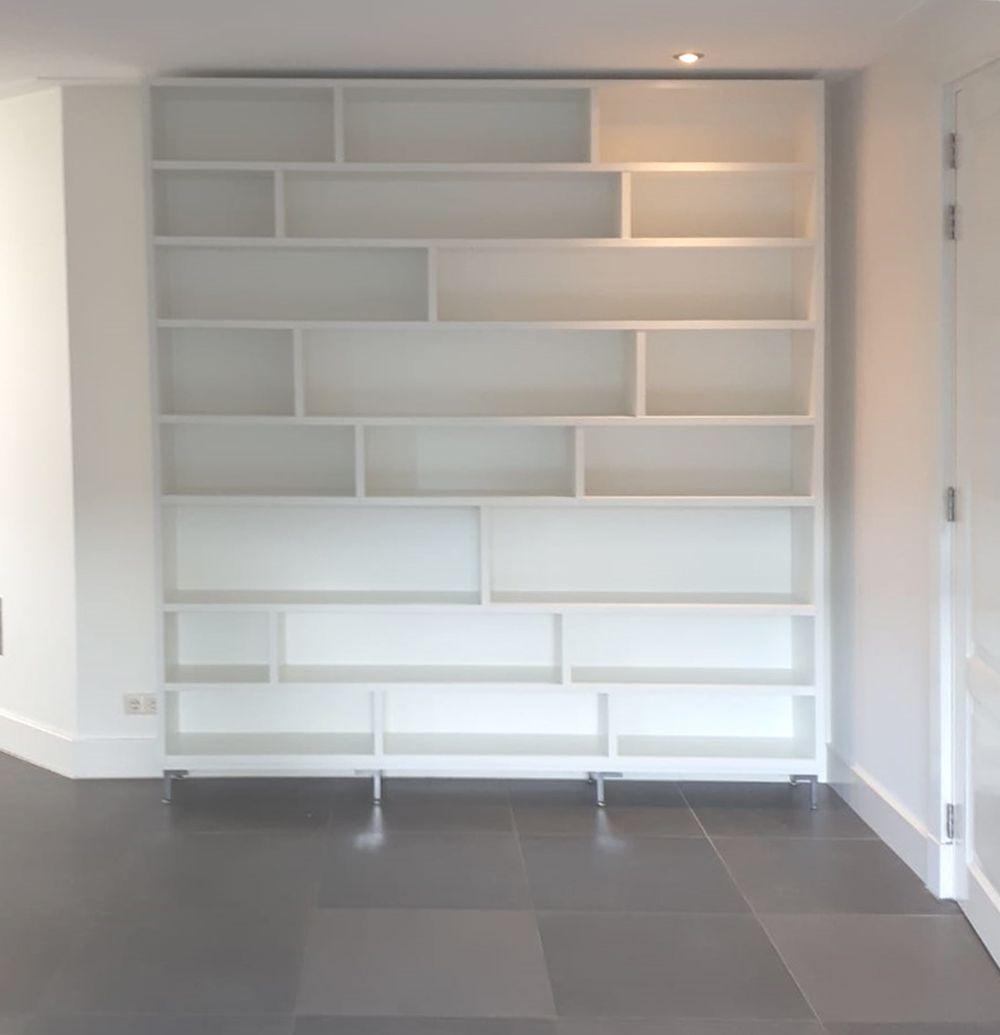 Lundia Open Boekenkast.Witte Boekenkast Op Maat Nuvola By Lundia Www Uwkastopmaat Nl