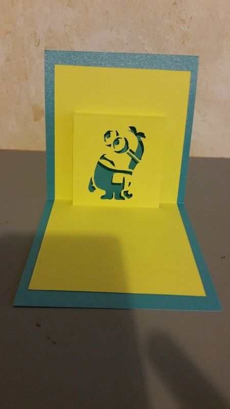 Free pattern kirigami minion ideas para regalar kirigami kirigami patterns et kirigami tutorial - Les minions amoureux ...