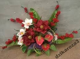 Image Result For Stroik Na Cmentarz Ze Sztucznych Kwiatow Floral Wreath Wreaths Floral