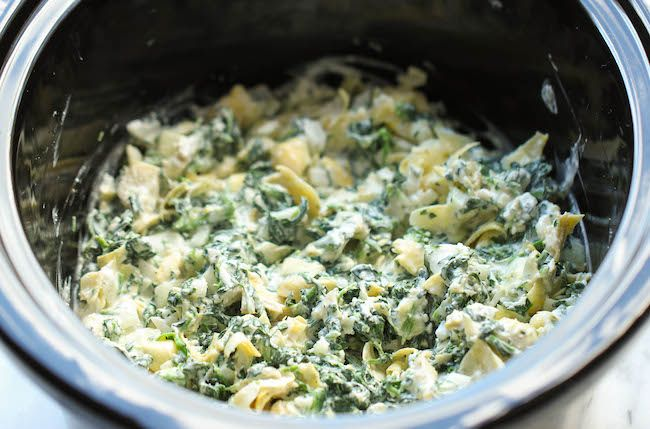 Slow Cooker Spinach and Artichoke Dip #crockpotspinachandartichokedip