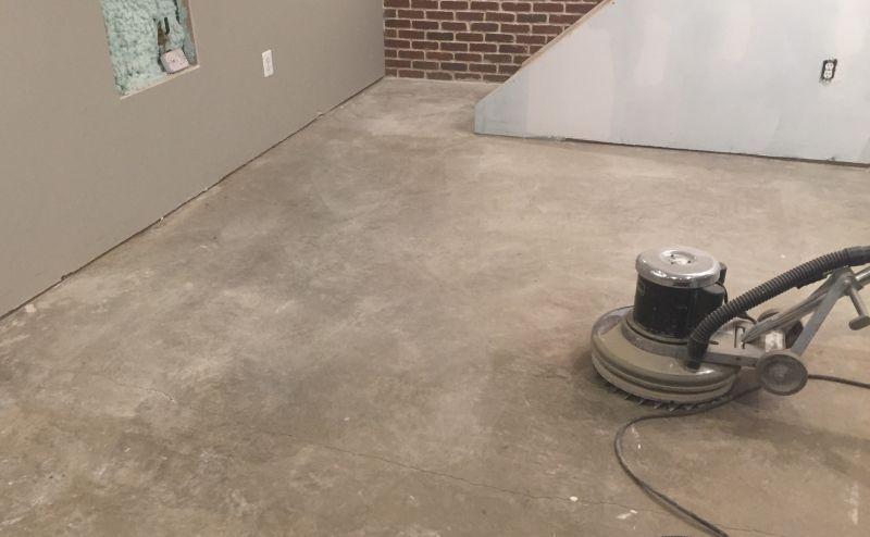 How To Remove Carpet Glue From Concrete Floor Step By Step Guide How To Remove Carpet Glue From Concret In 2020 Carpet Glue Removing Carpet Cleaning Concrete Floors