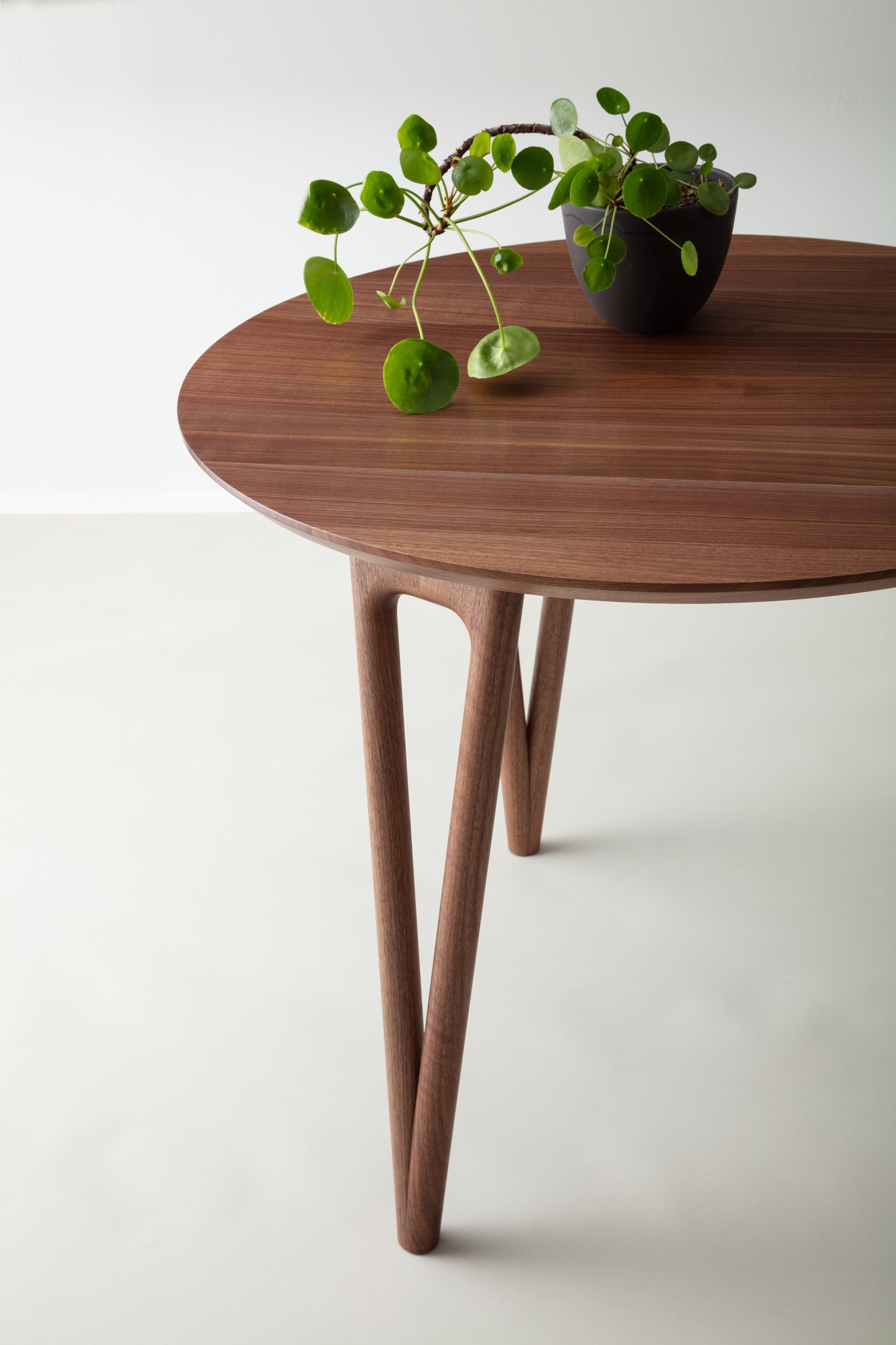 Hair Pin Table 36 By David Gaynor Design Round Wood Dining Table Wood Dining Table Table