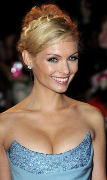 myanna buring twilight