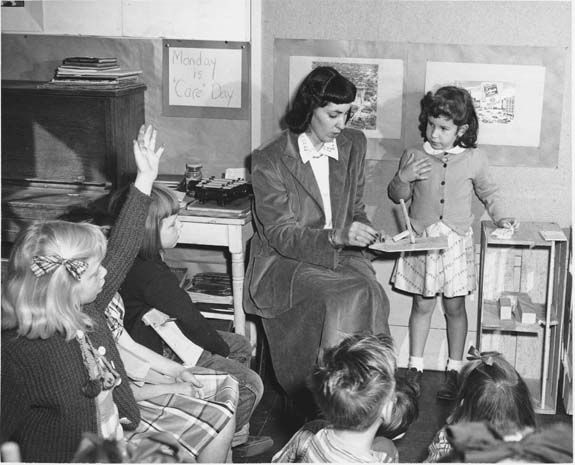 1950s Elementary Classroom Teacher | photograph taken at a ...