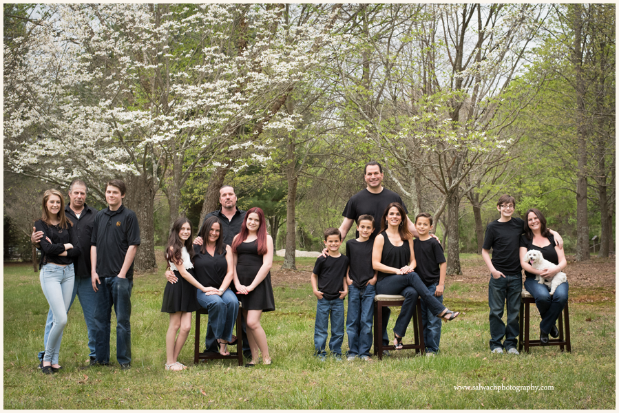 Large Extended Family Photographer In South Jersey Outside Photo Ideas Salwachphotography