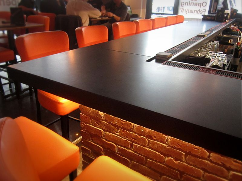 Attractive This Sleek Black Countertop Is A Great Choice For Restaurants And Bars  Alike! The Incredibly