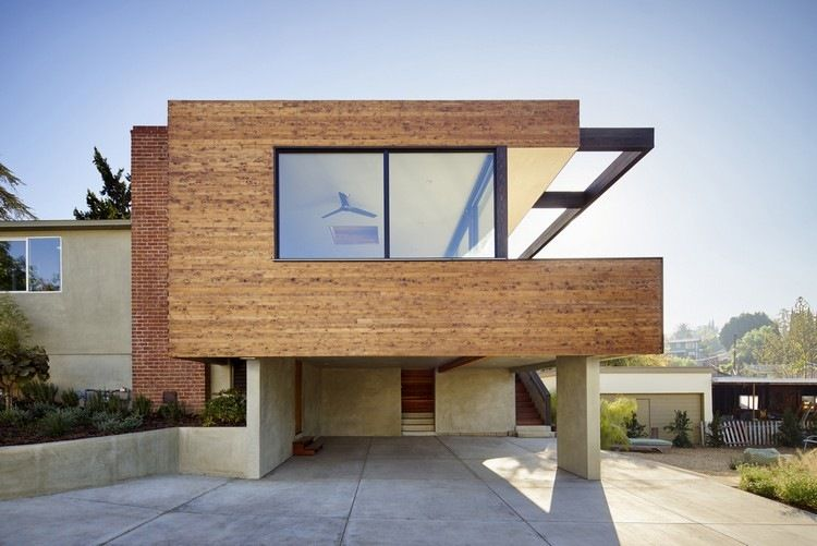 Moderne häuser mit holz  Kombination von Backstein, Sichtbeton und Holz - Martin Fenlon ...