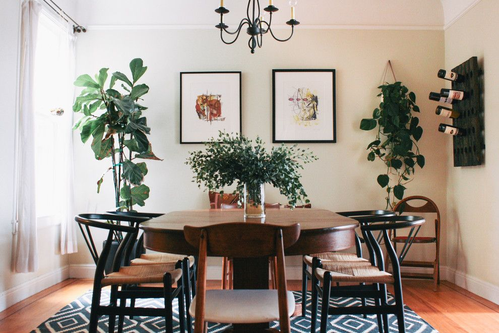 Indoor Plants Boost Interior Air Quality And Add Life To Your Home Love How This Dining Room Comes Alive