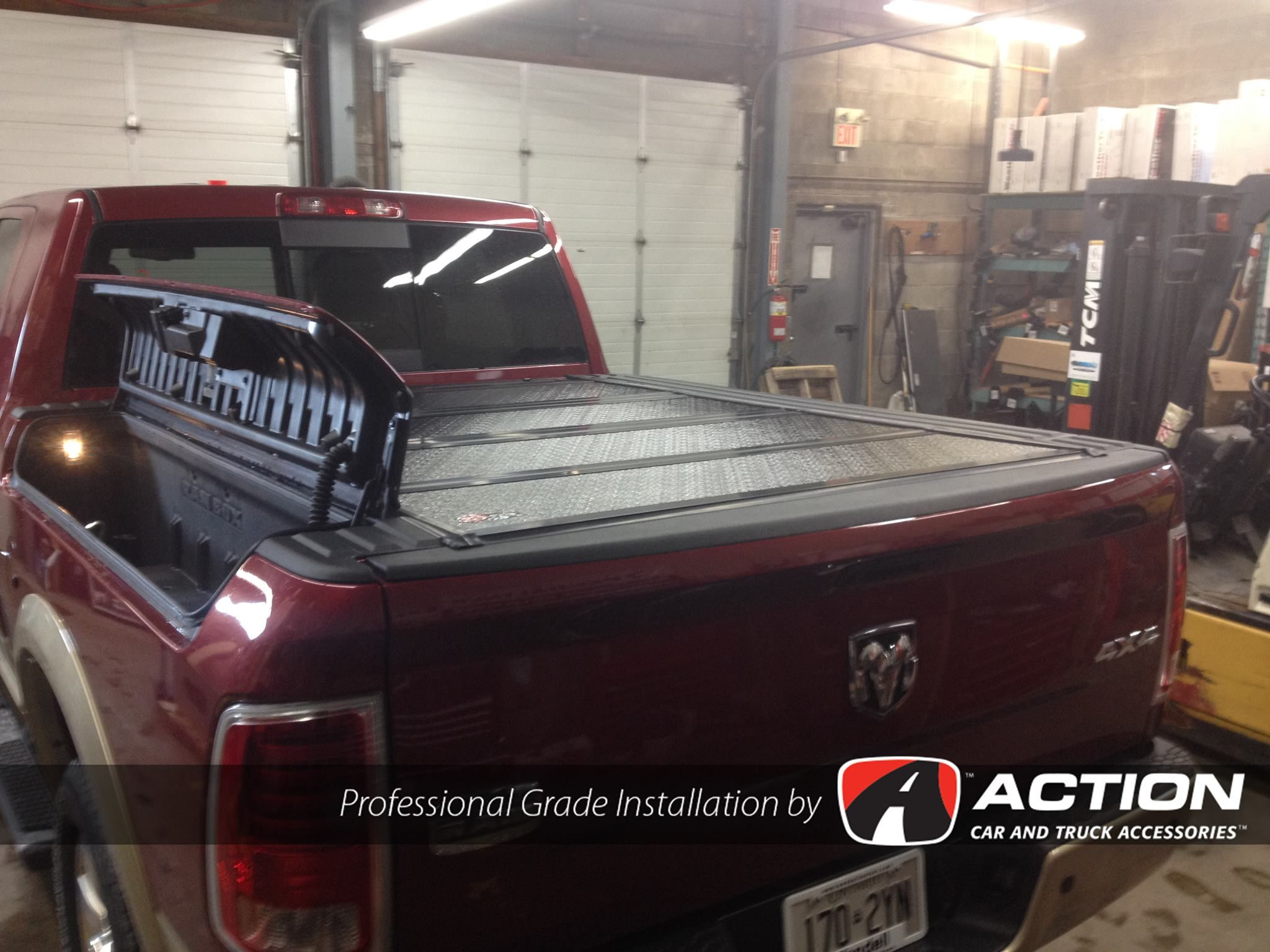 FiberMax series tonneau cover by Bak Industries installed