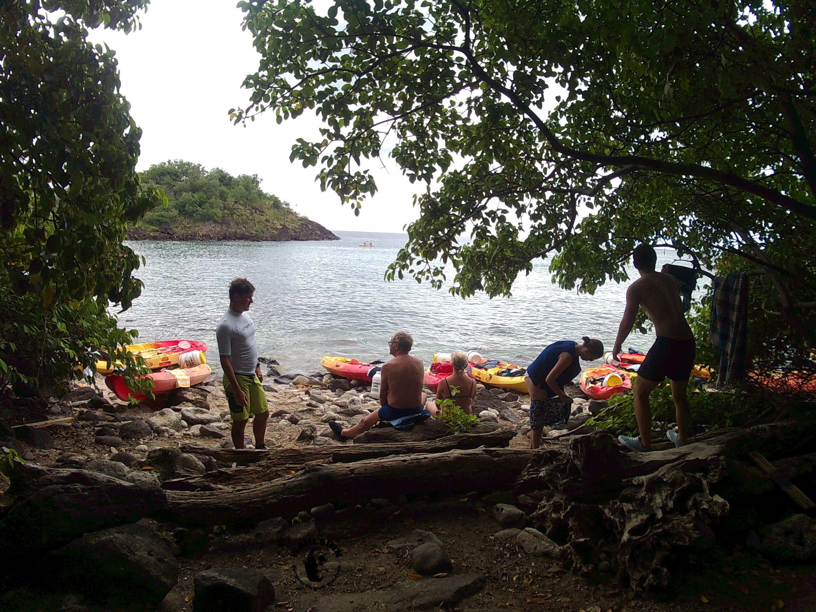 Guadeloupe - eine kleine vorgelagerte Insel die nur mit Boot oder Kayaks erreichbar ist