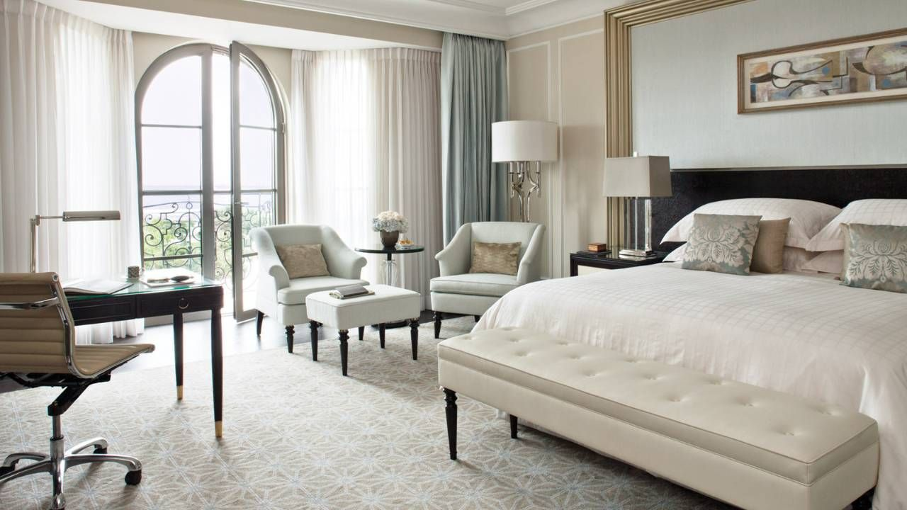 Baku Luxury Hotel Photos Videos Luxury Hotels Interior Hotel Interior Design Luxury Hotel Room