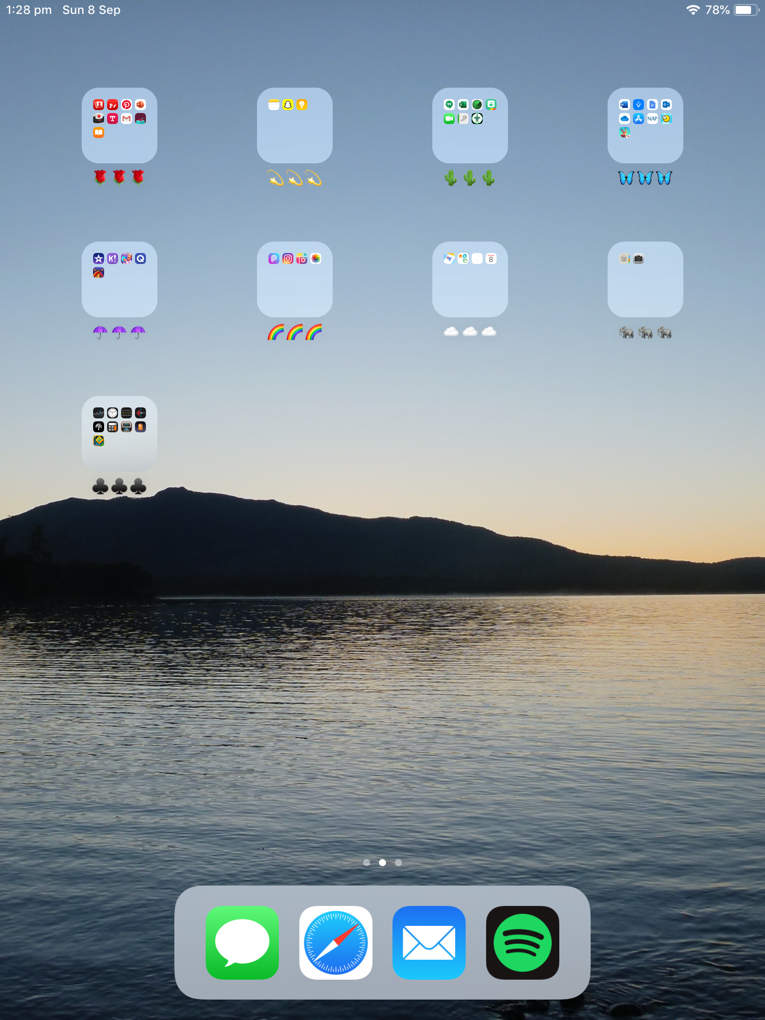 Home Screen Layout Aesthetic Emoji Combos Ipad Vsco Iphone Ipad Organizer Iphone Organization Organization Apps