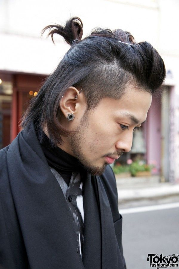 This Cool Hairstyle Makes Me Wanna Be A Man Long Hair Styles Men Japanese Men Hairstyle Trending Hairstyles For Men