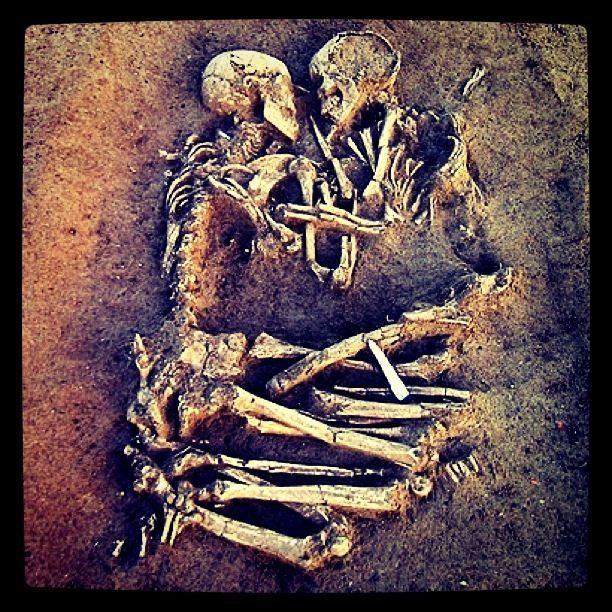 que nos entierren juntos