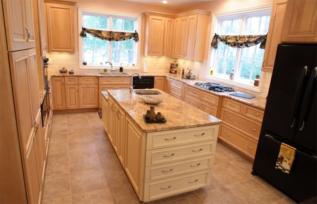 Let Me Say I Actually Like My Cabinets They Are Ash And Pickled But Not That Pink Or Peachy They Actuall Ash Kitchen Cabinets Kitchen Remodel Kitchen Layout