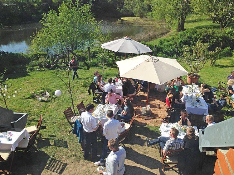 Garten Mit Teich Garten Teich Feiern
