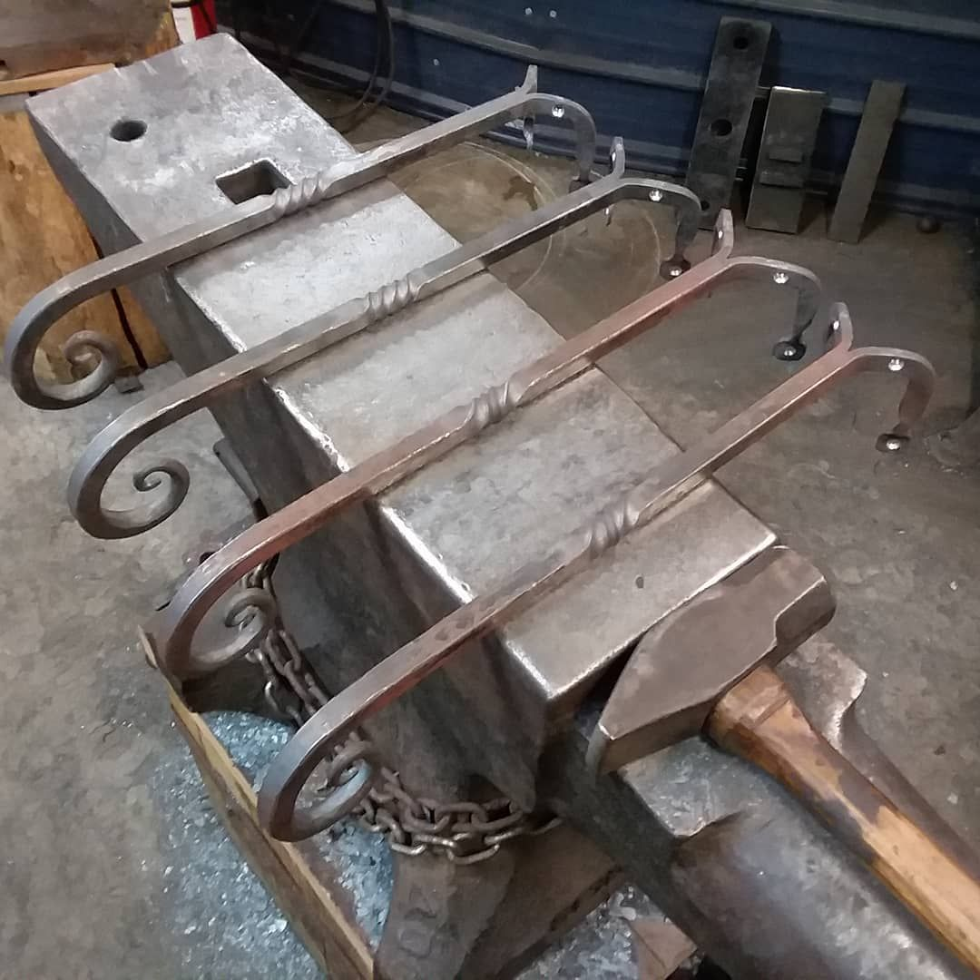 Heavy Duty Corner Plant Hangers Made By Furnace Brook Iron Works