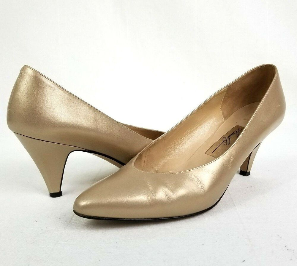 Amalfi Monica Kitten Heel Pump Pointed Toe Beige Gold Luster Women S Sz 7 5b Ebay Kitten Heel Pumps Kitten Heels Heels