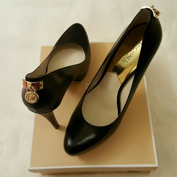 5cb355e84f82 SALEMichael Kors Hamilton Pump NEW! Michael Kors Hamilton black pump heels.  Self covered stiletto 5