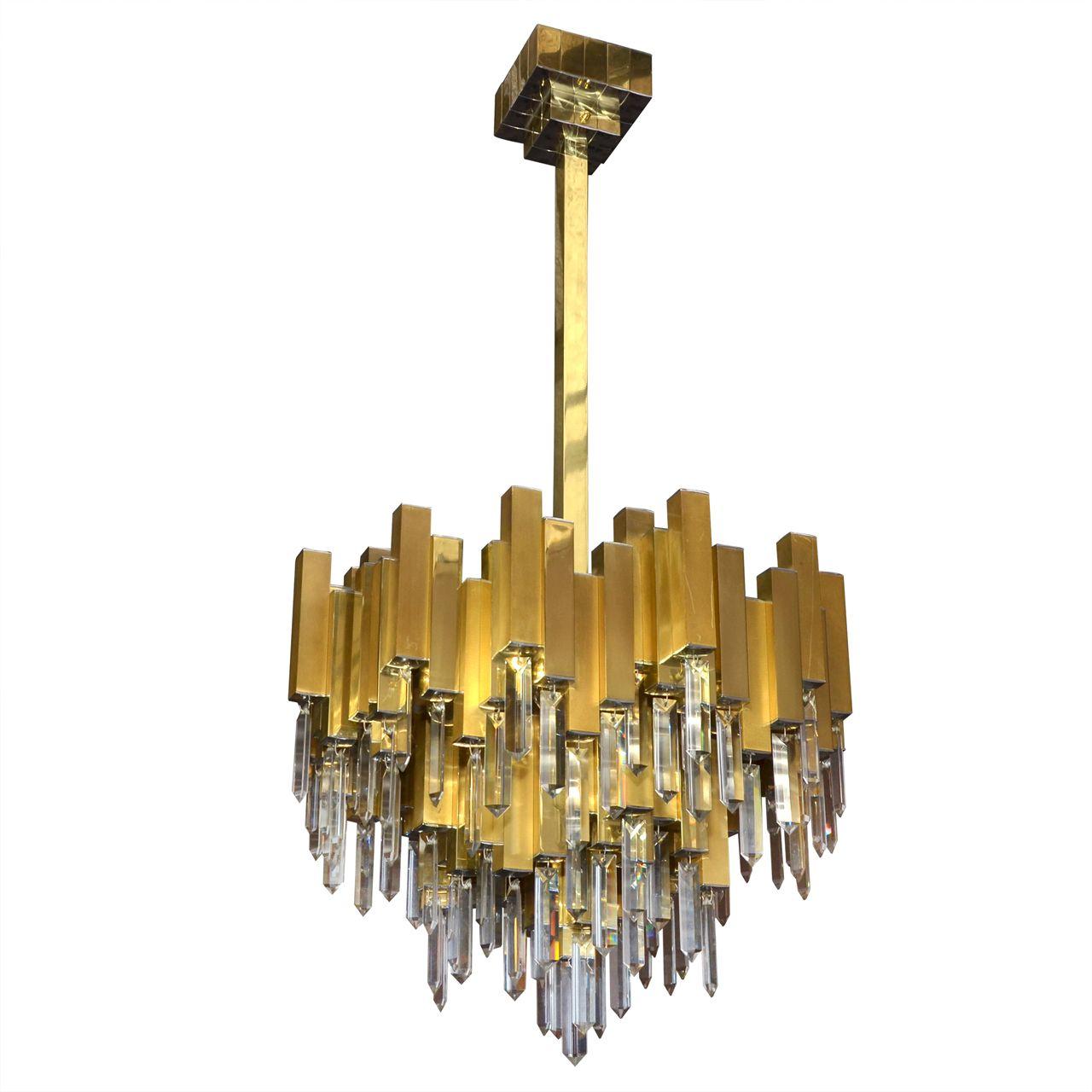 1970s Italian Chandelier In Brass And Crystal 1stdibs Com Chandelier Pendant Chandelier Vintage Lighting