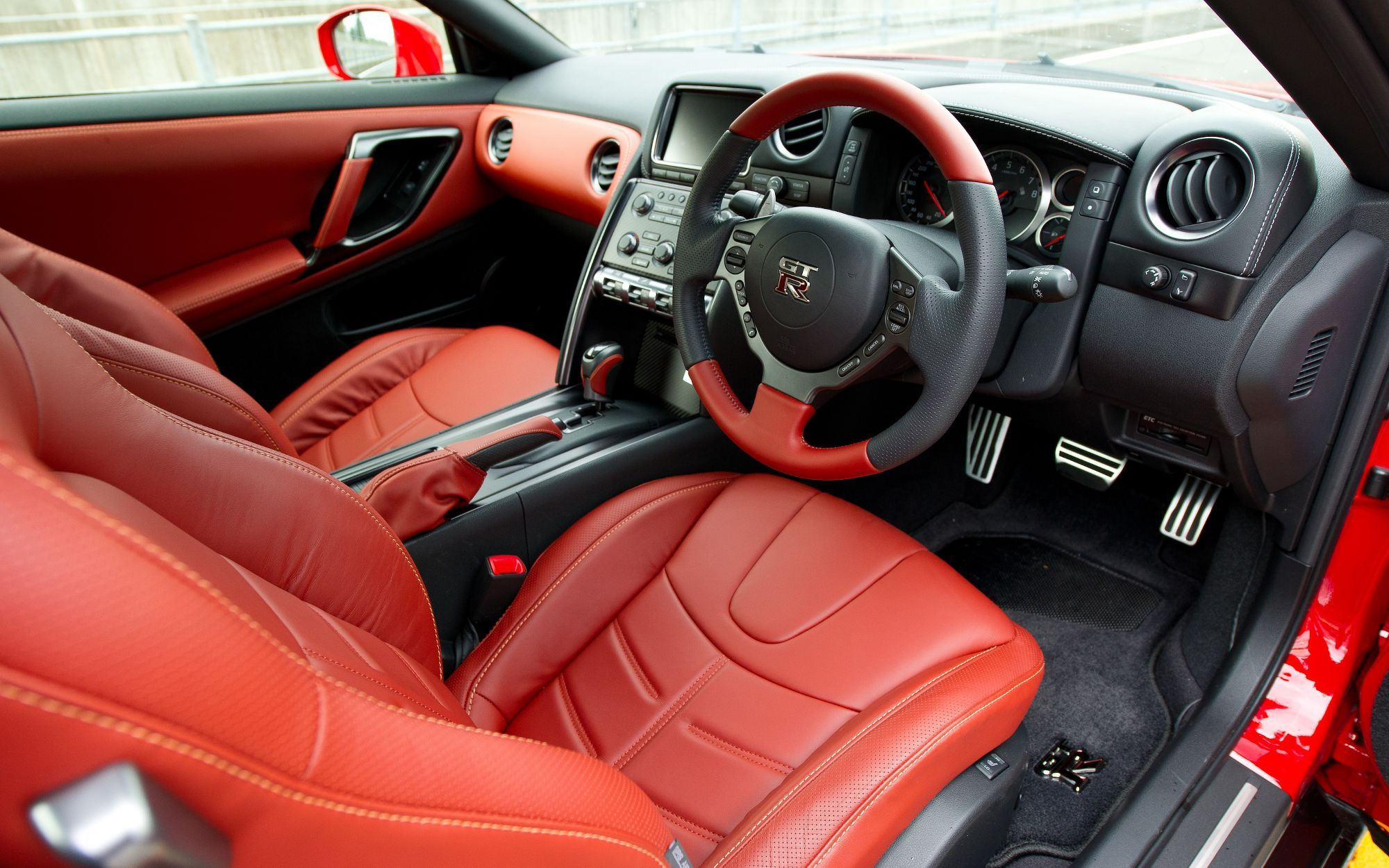 Interior of a left hand drive 2014 nissan gt r the nissan gt r pinterest nissan gt nissan and cars