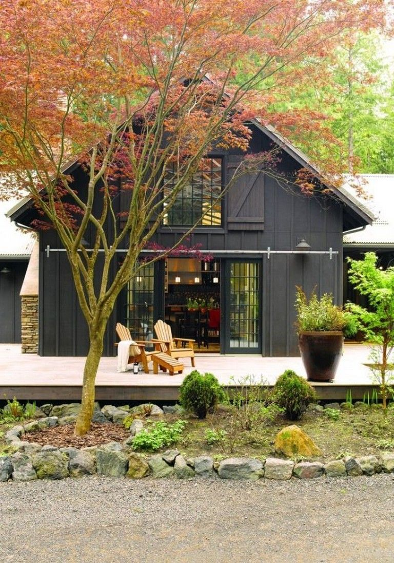 50 amazing black house exterior page 39 of 52 in 2020 on lake cottage colors id=67078
