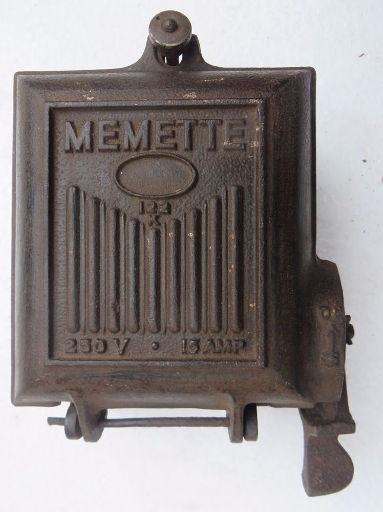 Vintage Switchgear Fuse Box Memette 122 K England Cast Iron On Off