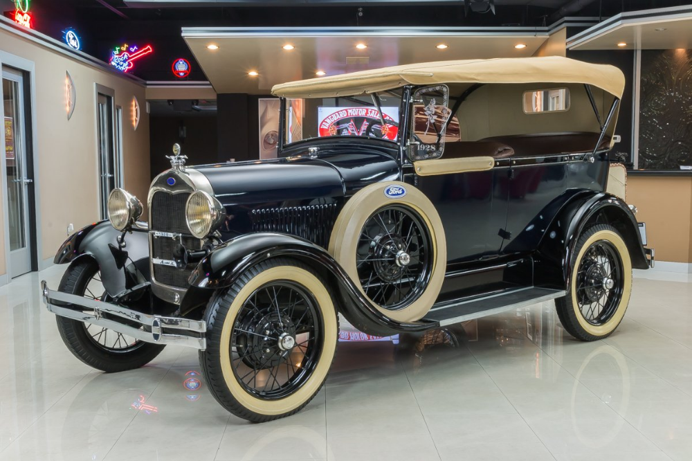 1928 Ford Phaeton | Classic Cars for Sale Michigan: Muscle & Old Cars | Vanguard…