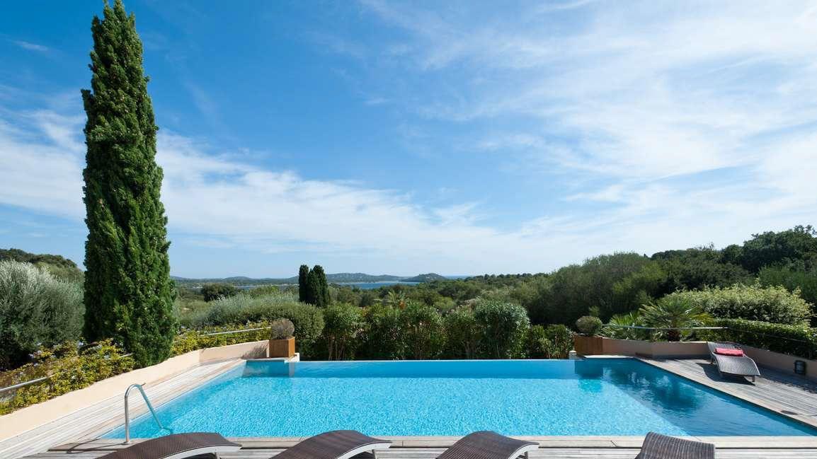 Belle villa contemporaine en location à Porto Vecchio PISCINE et - location maison cap d agde avec piscine