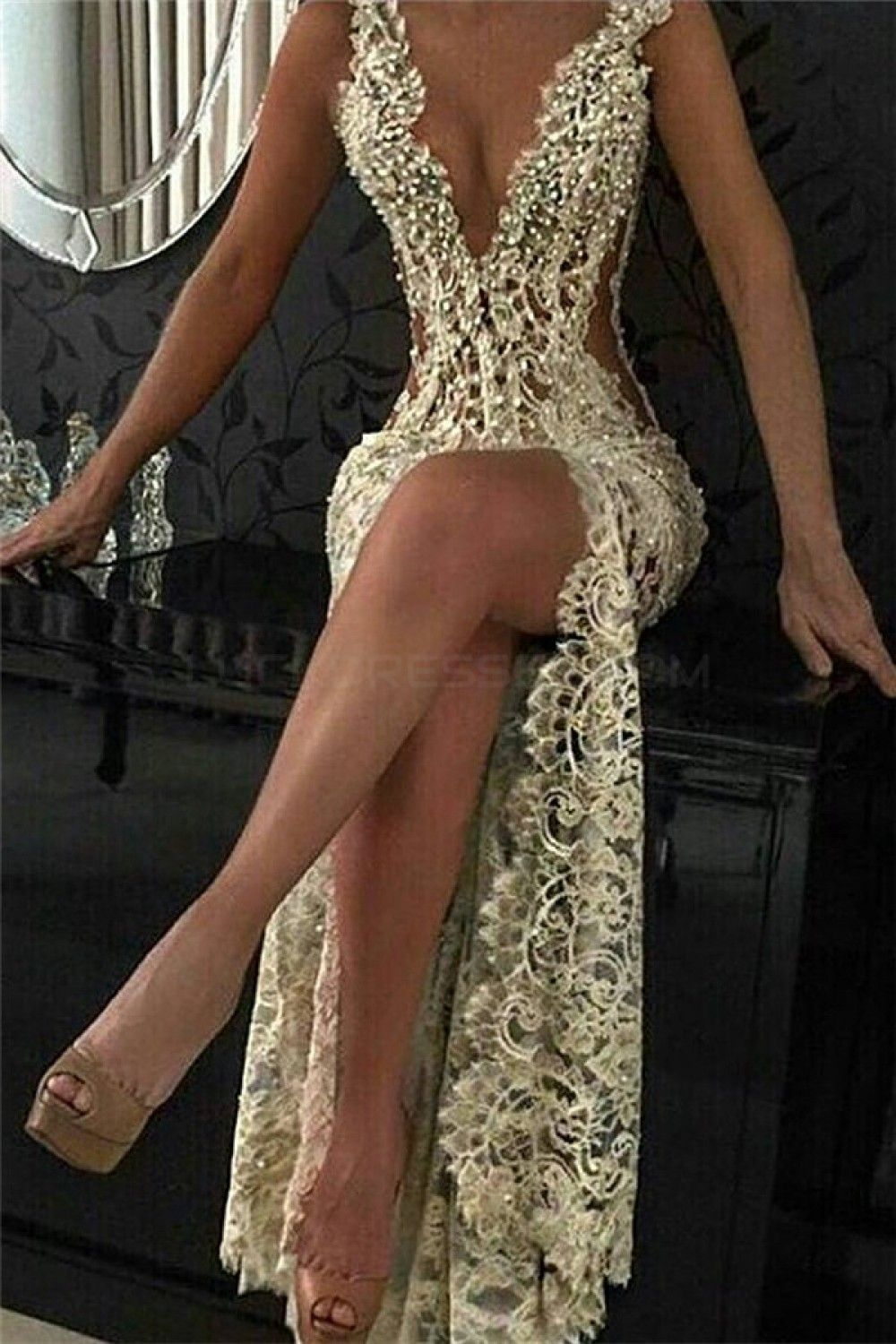 Sexy beaded lace long prom formal evening party dresses