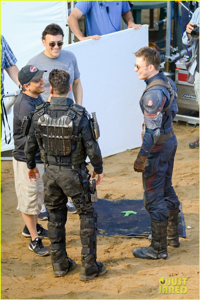 UPDATE: Paul Rudd On CAPTAIN AMERICA: CIVIL WAR Set; 'Scarlet Witch' Joins The Action