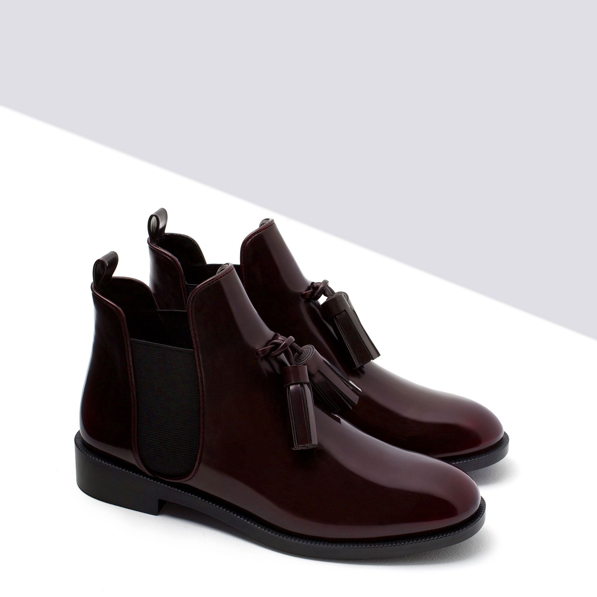 FLAT BOOTIES WITH TASSEL - Ankle boots - Shoes - WOMAN | ZARA Sweden