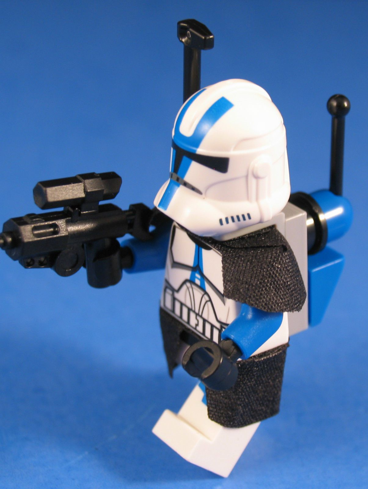 Lego Star Wars 75004 Minifigure 501st Legion Clone Commander