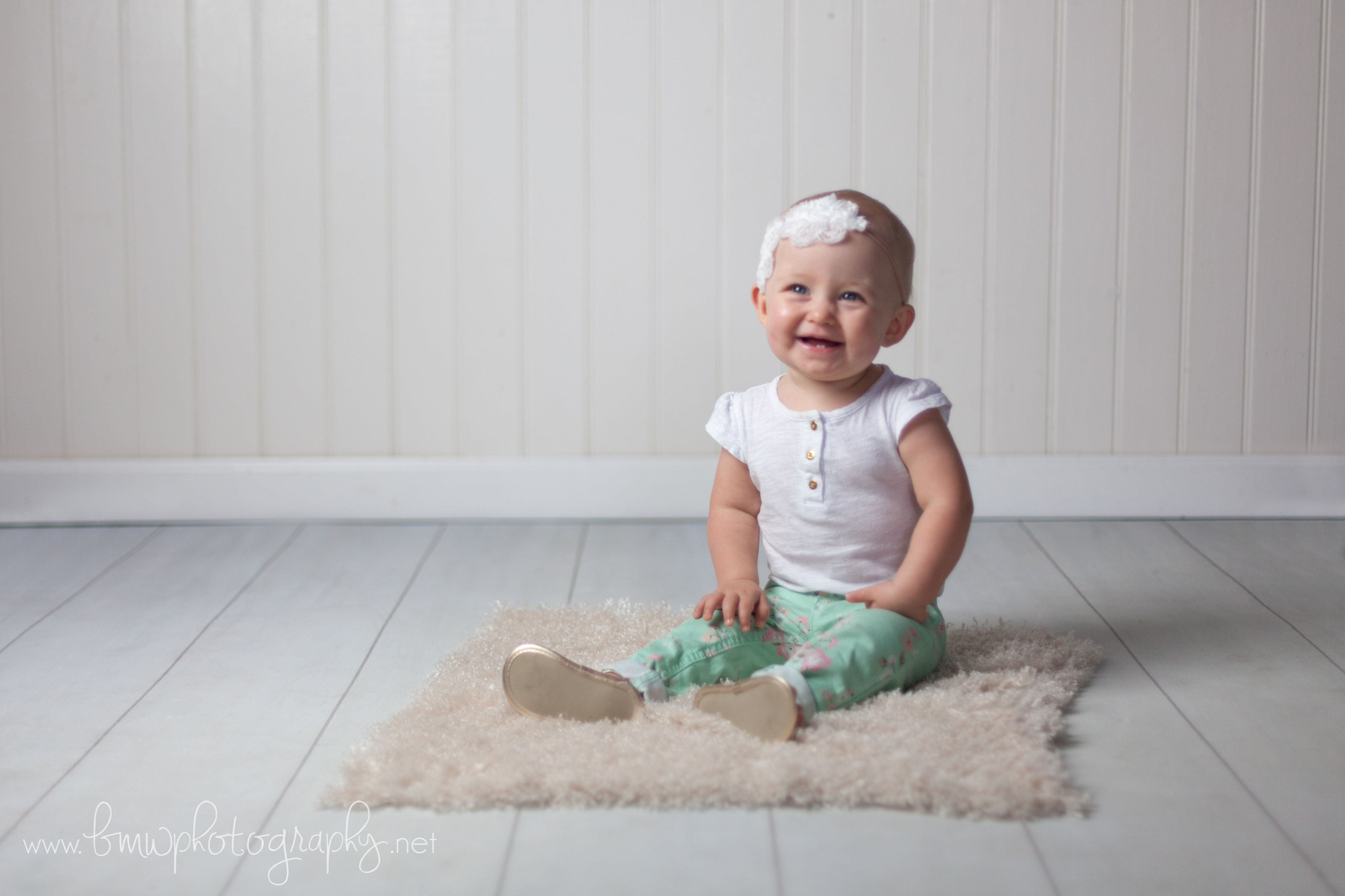 Twin Girls First Birthday Cake Smash Session Bmw Photography Boutique Family Photographer Based In Vancouver