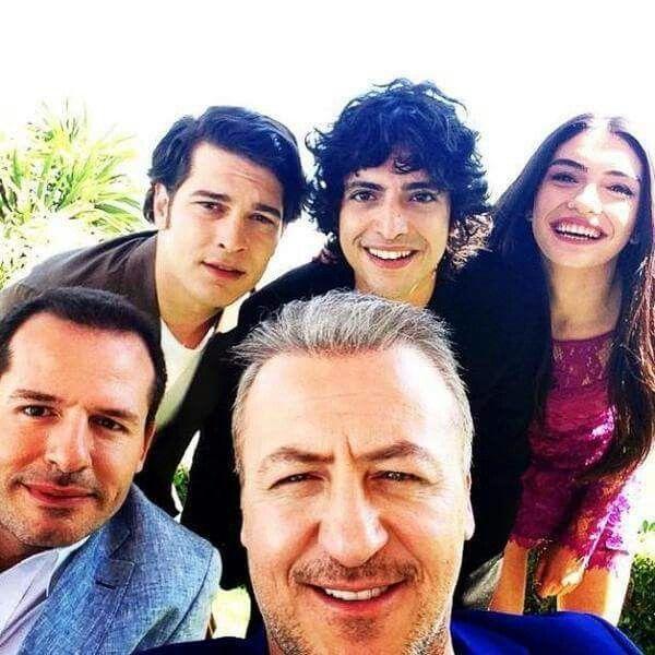 Pin On Turkish Celebritis