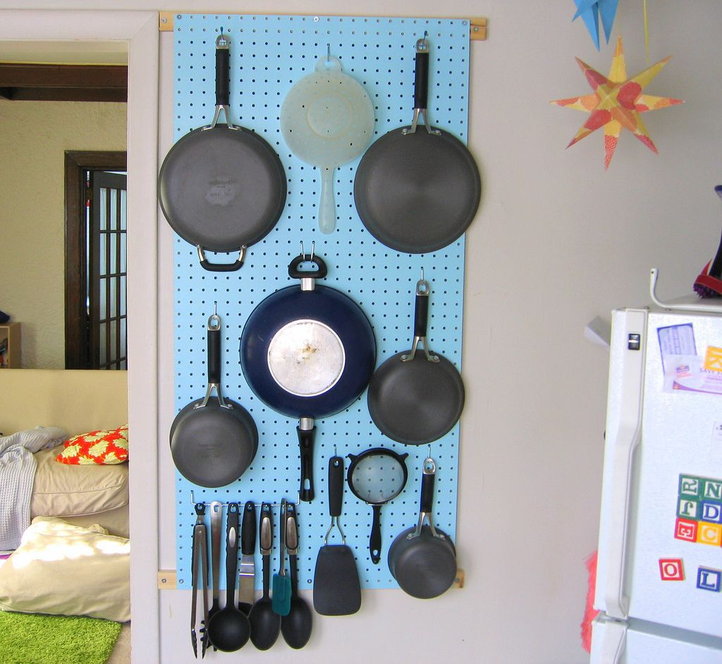 pegboard pots and pans - Google Search | Ideas for the House ...