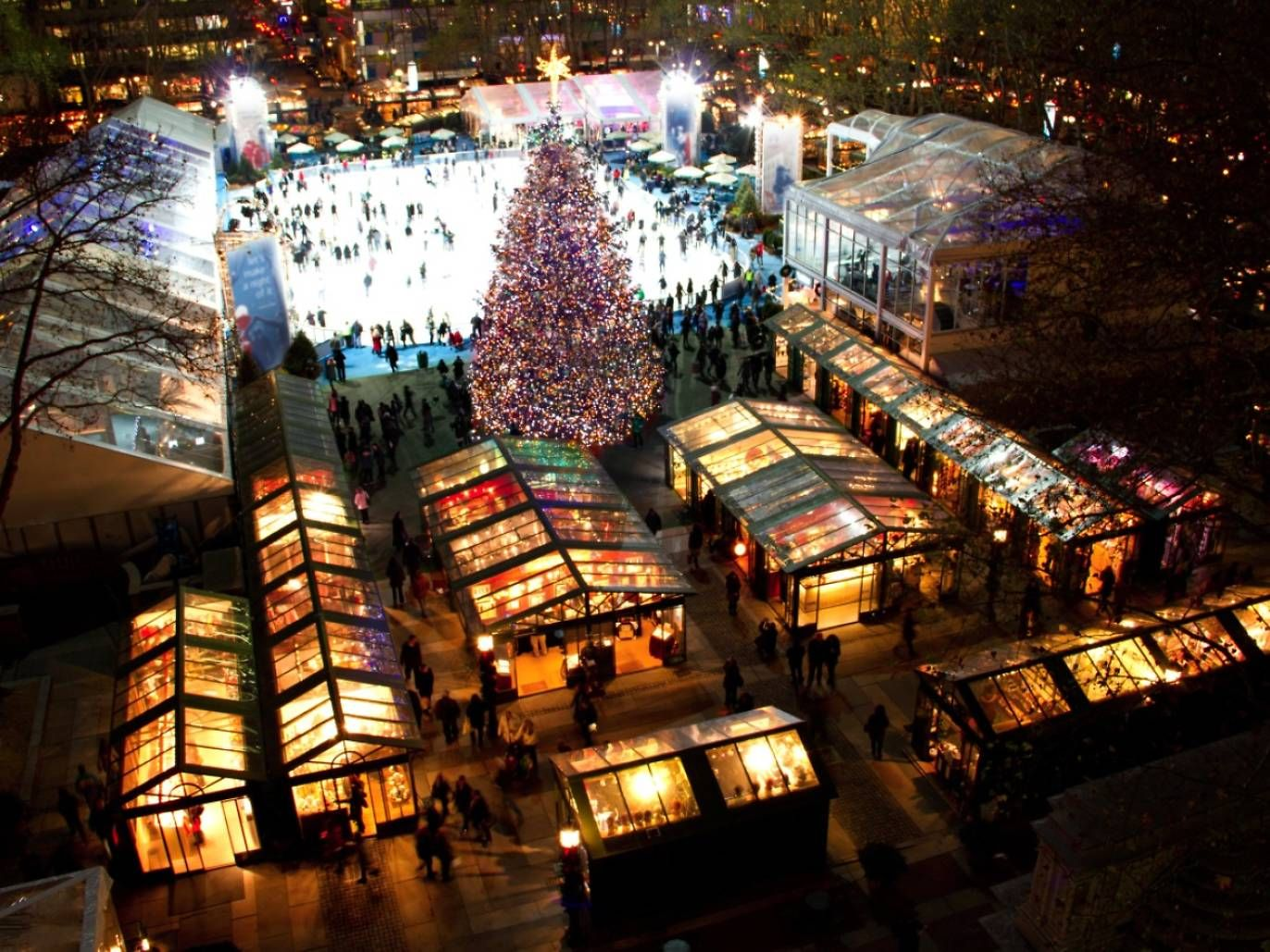 Bryant Park Christmas.The Best Holiday Markets Nyc Has To Offer Nyc New York