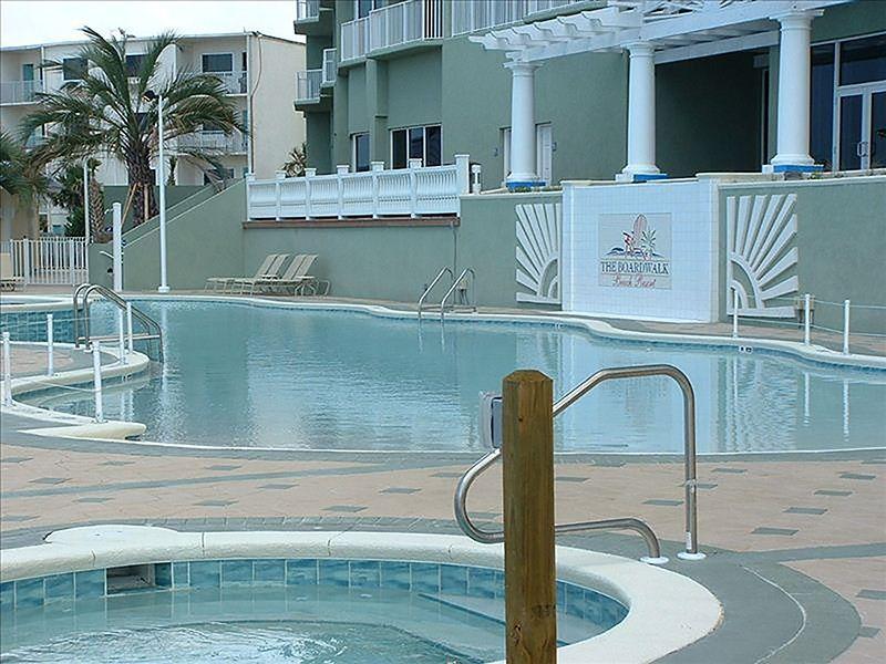 Boardwalk 1111 1112 In Boardwalk Emerald Beach Properties Boardwalk 1111 1112 In Boardwalk Beach Condo Rentals Beach Properties Panama City Beach Fl
