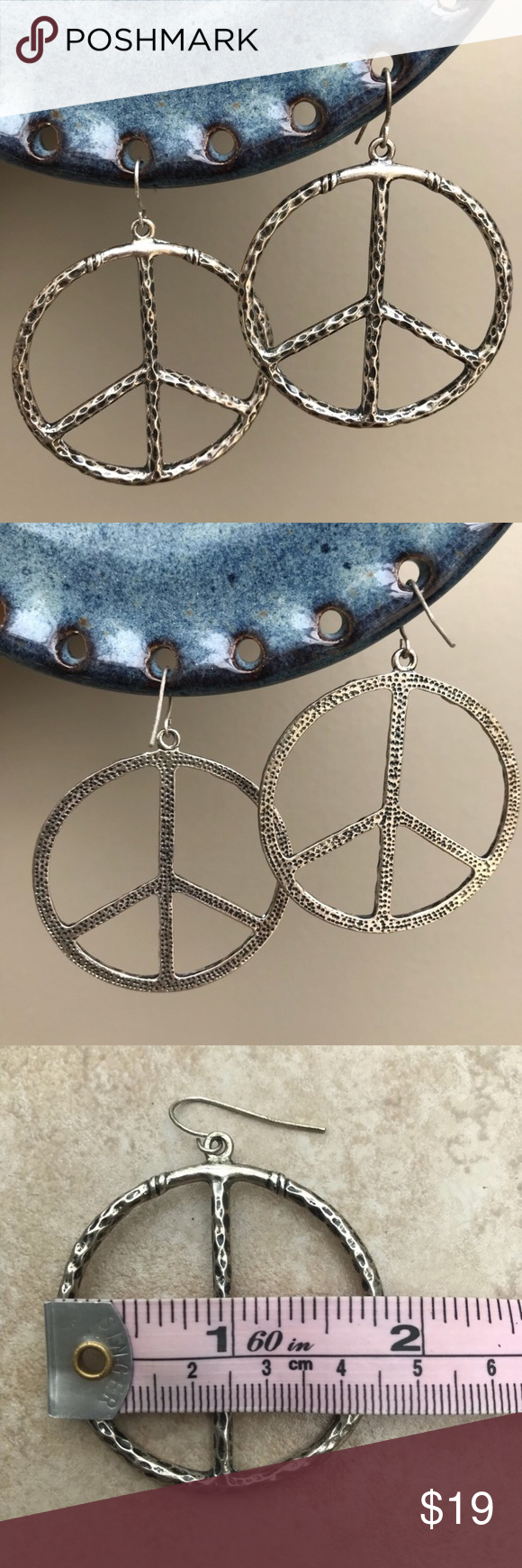 Download Peace Sign Earrings | Earrings, Things to sell, Fashion design