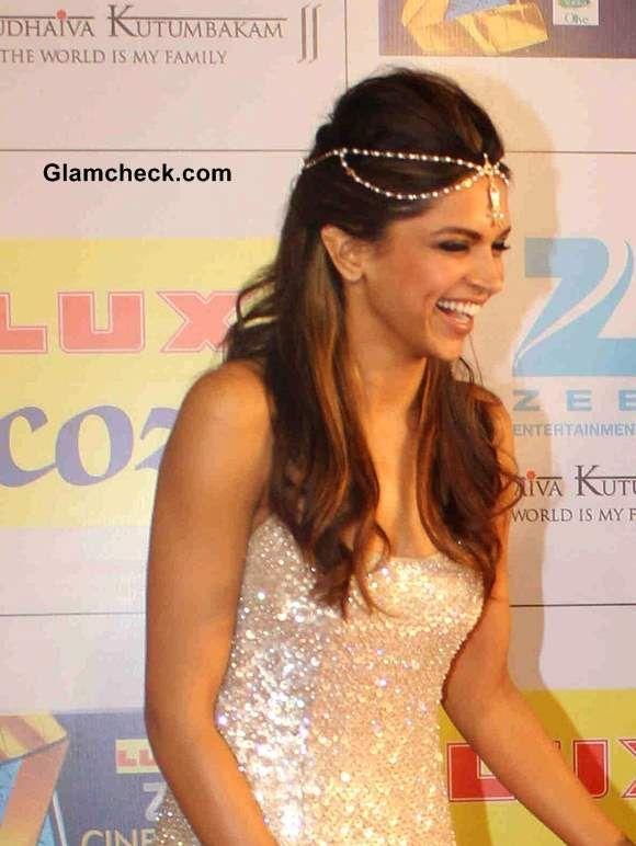 Deepika Padukone's Chain Hair Accessory Steals Spotlight from Naeem Khan Sequinned Gown