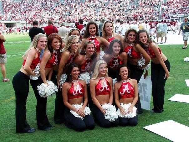 b1617299f8 Hottest cheerleaders in College football are Alabama Cheerleaders ...
