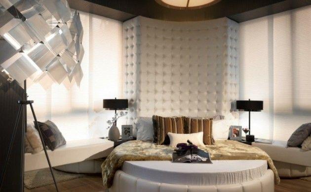 Einrichtungsideen Schlafzimmer Rundes Bett Teppich Coole Stehlampe