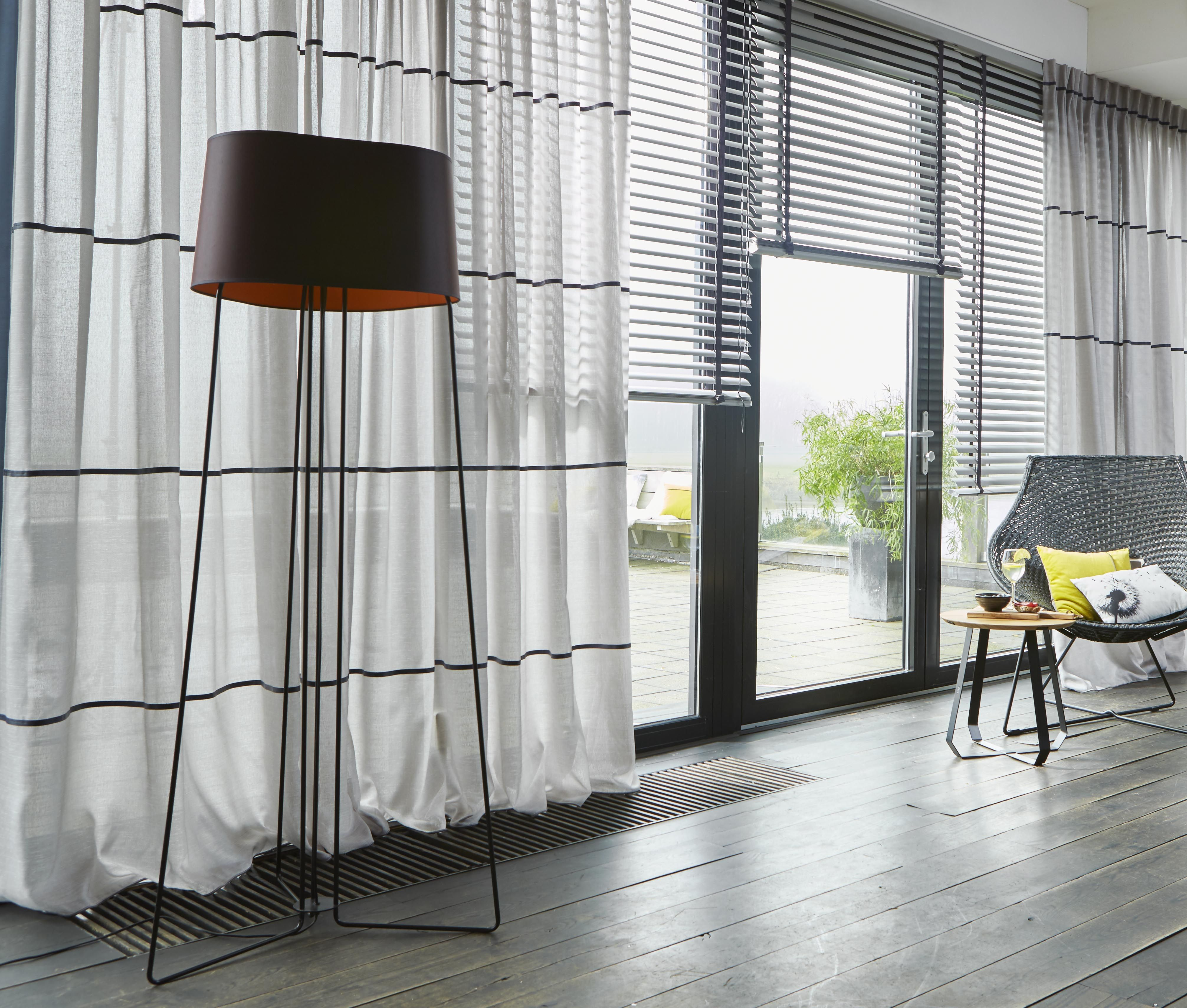 Original curtains for an easy lifestyle. Half transparant gordijn ...